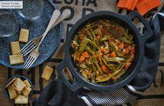 Verduras estofadas sin grasas: receta de cocina fácil, sencilla y deliciosa Real Food Recipes, Cooking Recipes, Healthy Recipes, Queso Feta, Lunches And Dinners, Side Dishes, Veggies, Healthy Eating, Favorite Recipes