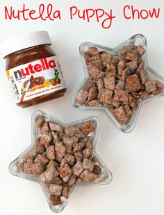 Puppy Chow and Nutella? I'd put Nutella on anything, genius! Nutella Brownies, Keto Brownies, Nutella Cookies, Chocolate Cookies, Puppy Chow Recipes, Dog Food Recipes, Snack Recipes, Puppy Chow Snack Mix Recipe, Yummy Treats