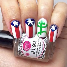 Nailartjul Puerto Rico nails. #flagnails #puertorico #coqui