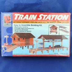 Life Like Trains Train Station HO Scale Building Kit New #LifeLikeProducts