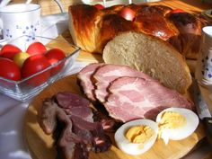 Traditional Dishes Of Easter In Hungary - Daily News Hungary Hungary Food, Hungarian Recipes, Food Dishes, Pork, Food And Drink, Barbie, Easter, Beef, Traditional