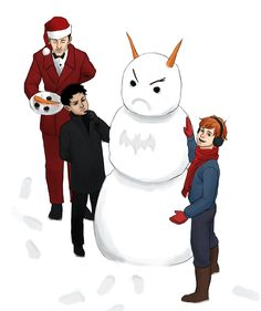 Two things wrong with this pic. 1. WHEN THE HECK HAS ALFRED EVER WORN A SANTA SUIT! 2. Is that a Batman snowman?