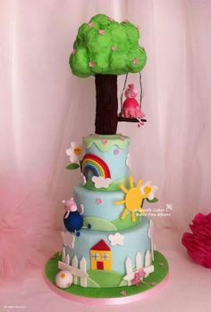 Super cute peppa pig cake Fancy Cakes, Cute Cakes, Dragonfly Cake, 2 Birthday Cake, Pig Party, Character Cakes, Eat Cake, Cake Decorating, Pig Cakes