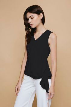 Shop effortless, minimalist & modern ready-to-wear here. We make quality & affordable fashion since We ship worldwide. Modern Minimalist, Affordable Fashion, Basic Tank Top, Ready To Wear, Tank Tops, Fall, How To Wear, Clothes, Shopping