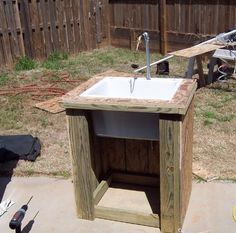 The Ugly Barn Farm: Outdoor Sinks