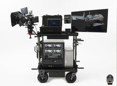 INOVATIV carts are compact in design, super strong, balanced, stable, durable and customizable. Computer Cart, Computer Workstation, Computer Station, Studio Layout, Studio Setup, Studio Ideas, Mobile Desk, Mobile Office, Photography Studio Equipment