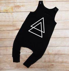 Triangles harem romper / monochrome baby romper / monochrome onesie / toddler romper / harem romper / minimalist romper