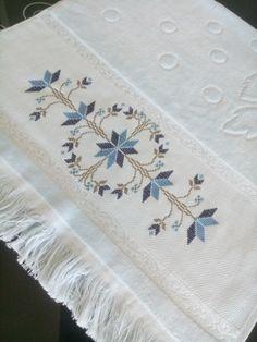 Crochet Border Patterns, Cross Stitch Patterns, Stitch 2, C2c, Diy And Crafts, Alphabet, Embroidery, Face Towel, Cross Stitch Embroidery