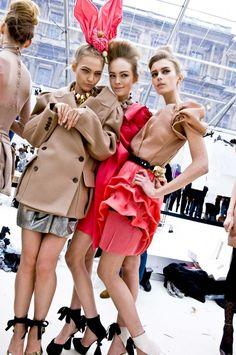 Sasha Pivovarova, Siri Tollerod & Sigrid Agren backstage at Louis Vuitton A/W 2009/10 <3