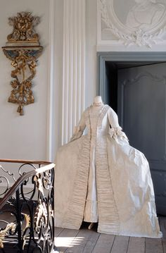 Robe a la Francaise, 18th C