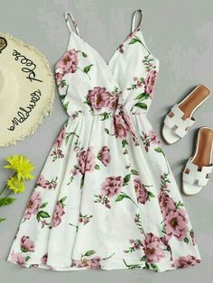Shop Flowers Print Cami Dress at ROMWE, discover more fashion styles online. Trendy Dresses, Cute Dresses, Beautiful Dresses, Casual Dresses, Short Dresses, Summer Dresses, Floral Dresses, Maxi Dresses, Dress Outfits