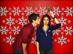 The Fosters Callie and Brandon = Maia Mitchell and David Lambert. SO CUTE!!!!!!!!!!!!!!!