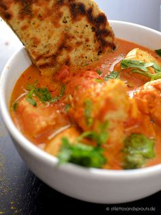 Schnelles Indisches Butter Chicken - Stilettos & Sprouts Schnelles Indisches Butterhuhn pour un dîner sain Healthy Chicken Recipes, Easy Healthy Recipes, Lunch Recipes, Vegetarian Recipes, Easy Meals, Butter Chicken Rezept, Indian Butter Chicken, Quinoa, Sprout Recipes