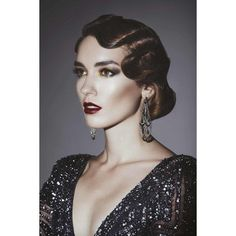 Great Gatsby hair ideas for Halloween and beyond ❤ liked on Polyvore featuring costumes, vintage flapper costume, gatsby costume, vintage halloween costumes, flapper costume and vintage costumes