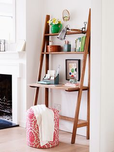 In an alcove of a guest room, this practical ladder desk takes up very little space, and can double up as a dressing table when guests come to stay. Homes & Gardens. Styling Katrin Cargill, photographs Carolyn Barber. http://www.hglivingbeautifully.com/2016/02/05/finishing-touches-desks-and-study-spaces/