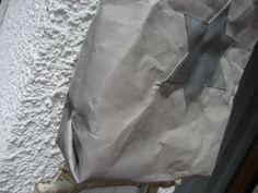 """Bei Snappap sind die Abnähen für die Ecken unten sehen in der Tasche immer irgendwie blöd zu nähen. Deshalb habe ich es mal mit """"Origami-Ecken"""" versucht. Ein netter Nebeneffekt ist dabei, dass die Ecken dann außen hochgezogen werden und noch ein Hingucker für die Tasche sind. Stern..."""