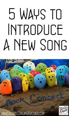 5 Ways to Introduce a New Song. Engaging and effective ways to introduce new songs to elementary students. Elementary Music Lessons, Music Lessons For Kids, Music Lesson Plans, Singing Lessons, Music For Kids, Singing Tips, Elementary Choir, Learn Singing, Kindergarten Music