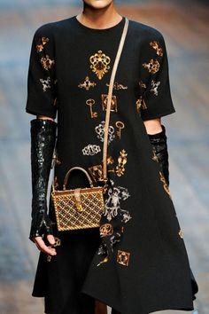 Dolce & Gabbana Fall 2014 Ready-to-Wear Detail - Dolce & Gabbana Ready-to-Wear Collection