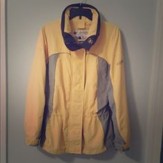 Columbia Jacket Yellow and gray Columbia jacket. Worn a handful of times and in great condition! Size is medium Columbia Jackets & Coats