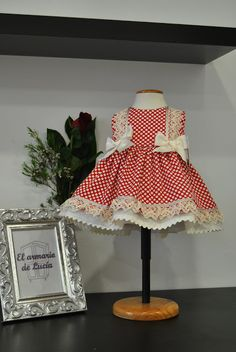 This cute little red gingham d Little Girl Dresses, Flower Girl Dresses, Dior Kids, Girls Boutique, Toddler Girl Dresses, Girl Doll Clothes, Baby Sewing, Kind Mode, Baby Dress