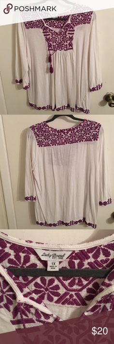 Lucky brand boho top Boho top that has a light material perfect for fall weather, hasn't been worn but once or twice Lucky Brand Tops Tees - Long Sleeve