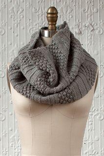 Lovely cowl knitting pattern #knittingpattern