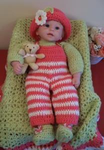 "Hello Dolly - 18"" baby doll - Free Original Patterns - Crochetville"
