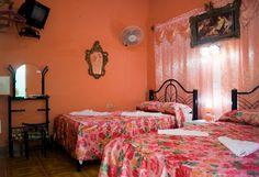 Detalle de una de las habitaciones. Cienfuegos, Rooms, Spaces, Bed, Furniture, Home Decor, Bedrooms, Decoration Home, Stream Bed