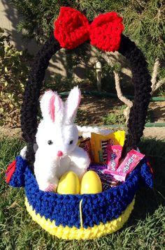 Snow White crochet easter basket available on https://www.facebook.com/CrochetingSweetie