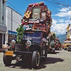The Colombian coffee farmers saw this vehicle as perfect with all the  qualities needed for the unpaved roads on the hilly coffee mountains, and soon the Jeep became the most popular vehicle in this corner of the world.