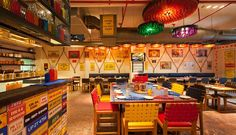 Dhaba By Claridges in Gurgaon, Haryāna Resturant Interior, Restaurant Interior Design, Bistro Interior, Indian Interiors, Vintage Interiors, Food Court Design, Restaurant Themes, Indian Theme, Food Stall