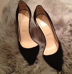 Mmm... Black Paris Saint Laurent