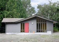 Former stable turned into a guesthouse in Seattle