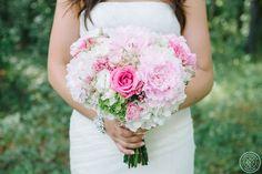 Peonies, hydrangeas, lizianthus, bouvardia, DANE + ASHLEY'S HILTON HEAD WEDDING » Aaron Nicholas Photography