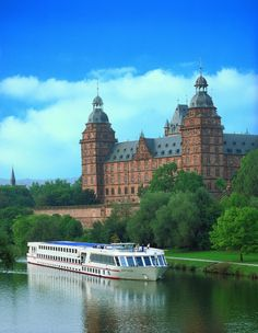 Do you consider Europe to be the perfect honeymoon travel destination? Do you want to discover hidden secrets of ancient European cities and enjoy magnificent scenery? Then Viking River Cruises will be the right choice for you.    What distinguishes