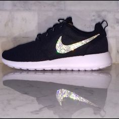 reputable site 6cb3c 94a9b Womens Nike Roshe Olive Mesh Brand new with original box but no lid. Nike  Shoes Athletic Shoesnike shoes Nike free runs Nike air force Discount nikes  Nike ...