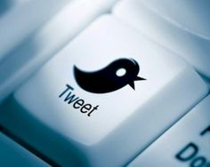 #Twitter permitirá transferir dinero de una cuenta a otra, desde tuits. El sistema funcionará en #Francia. Es fruto del acuerdo entre la red social de microblogging y Grupo BPCE, uno de los principales bancos de ese país.