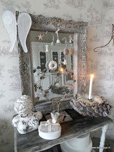 Mirror in winterspirit...