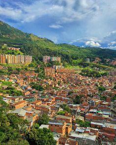"""Medellin Mi Ciudad on Instagram: """"¿Qué tal esta vista de nuestra ciudad? Comenta tu emoji favorito 🌿🍃💐☘️🌷🍂 • • • 📸Foto tomada por: @anaagudelo02 • • #Medellin…"""" Emoji, Mountains, Nature, Instagram, Travel, Outdoor, Colombia, Cities, Culture"""