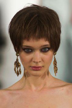 Oscar de la Renta Fall 2014 Ready-to-Wear earrings