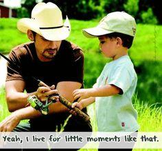 Brad Paisley- Little Moments
