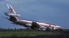 DC-10 nose gear failure