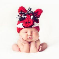 Red crochet Girl's Razorback hat. $22.00, via Etsy.