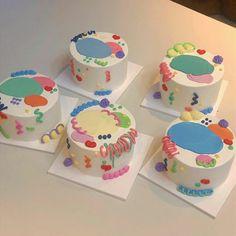 Pretty Birthday Cakes, Pretty Cakes, Picnic Cake, Foto Pastel, Simple Cake Designs, Pastel Cakes, Birthday Cake Decorating, Cute Desserts, Just Cakes
