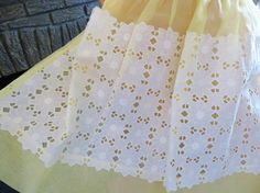 Hey, I found this really awesome Etsy listing at https://www.etsy.com/listing/221093722/vintage-apron-50s-frilly-apron-yellow