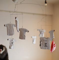 paper t-shirt: create a graphic t-shirt draft which can be displayed