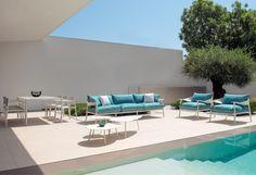#Emu #tableBasse #Terramare #terrasse #mobilierdejardin #design #vacances #piscine #cielbleu #outdoor #holidays #travel #perfectplace #homedesign #outside #interrace #pool #swimmingpool