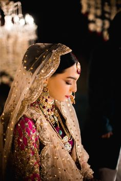 Indian Wedding Planning, Wedding Planning Websites, Nikah Ceremony, Indian Bridal Outfits, Indian Dresses, Beauty P, Flawless Face, Groom Wear, Traditional Looks