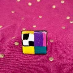 bauge carrée en pate polymère, petit modèle très pep's et pop multicolore, montée sur support couleur bronze ajustable Support, Usb Flash Drive, Bronze, Pop, Etsy, Pretty Engagement Rings, Color, Popular, Pop Music