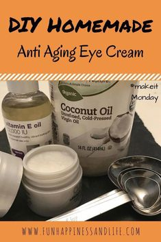 DIY Homemade anti-aging eye cream can help those tire mom eyes with simple ingredients of vitamin E oil and coconut oil. #coconutoilskin #HomemadeEyeCream Crema Facial Natural, Natural Eye Cream, Anti Aging Eye Cream, Anti Aging Skin Care, Natural Skin, Best Anti Aging Creams, Diy Eye Cream, Homemade Eye Cream, Best Eye Cream